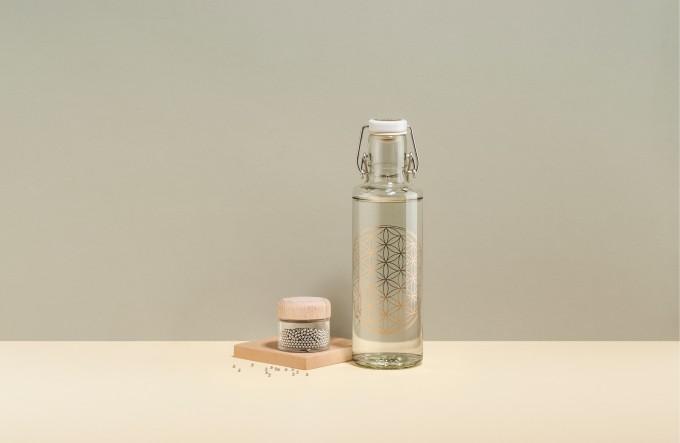 Plastikfreies Starter-Set: 0,6 l Flower of Life + Reinigungsperlen