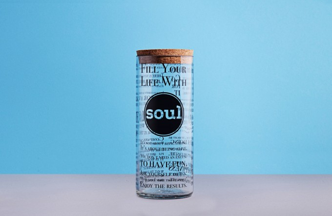 soulglasses from 1.0l bottles + cork lit – various designs